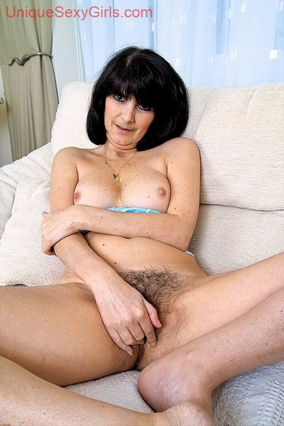 a mature woman toying from kapo
